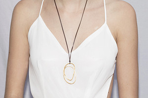 Joidart_ss15_lorna_necklace_g_model