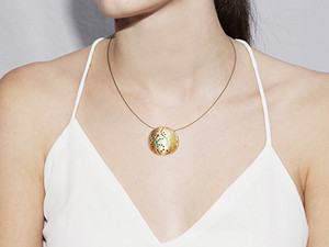 Joidart_ss15_cosmos_necklace_model