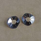 Ja_biorn_earrings1_1