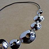 Ja_biorn_necklace1b