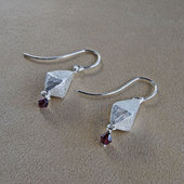 Ja_emmy_earrings